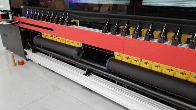 Photo de l'imprimante très grand format efi d3r